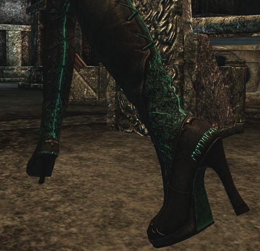 SkyrimCelesHeels - Skyrim Gear 3: Light Armor
